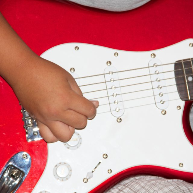 van tuyl music academy kids guitar lessons